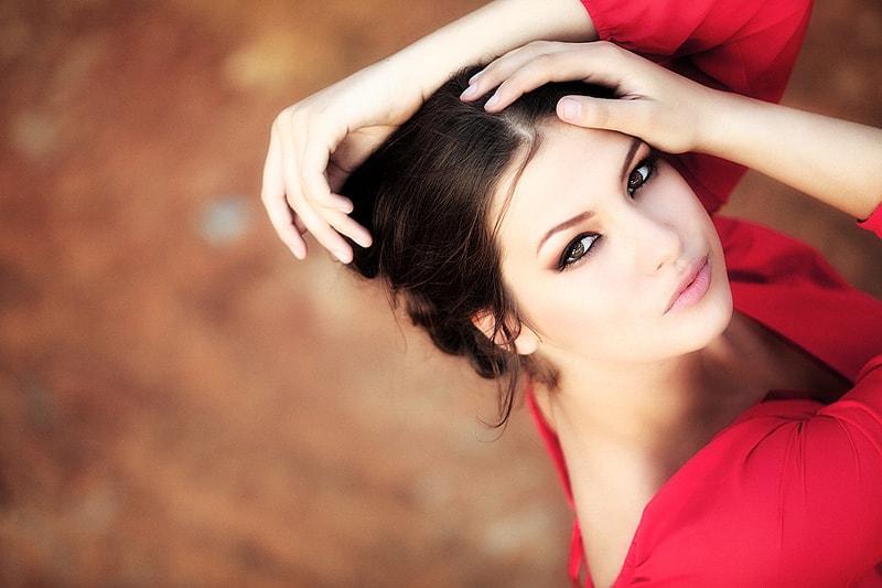 Bí quyết trang điểm giúp phụ nữ trở nên xinh đẹp 2