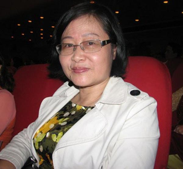 Cô Nguyễn Bích Hà - Giảng viên Hóa Học tại THPT chuyên Hà Nội