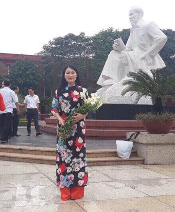 Cô Phùng Thị Thu Hương