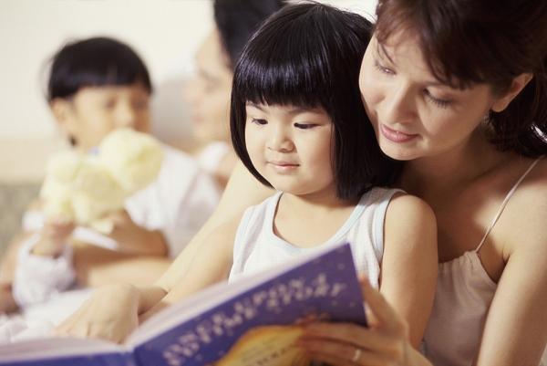 Tạo môi trường thuận lợi và hứng thú học tiếng anh cho con