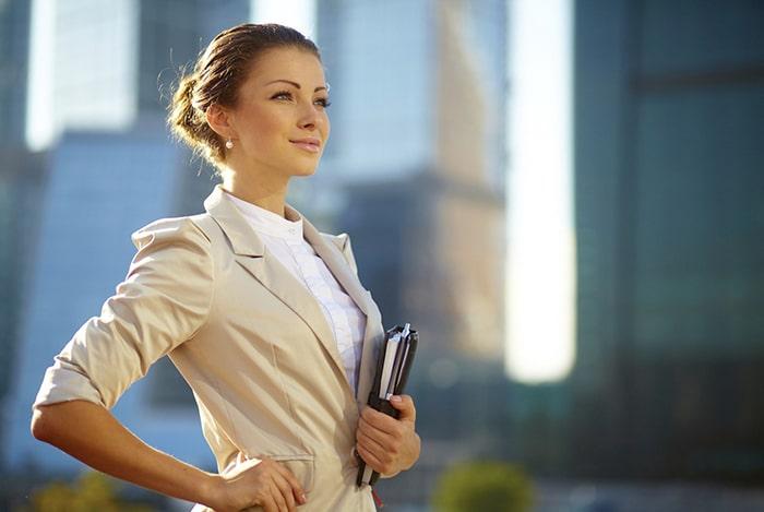 Phụ nữ hiện đại ngày nay đẹp nhưng luôn phải có khí chất