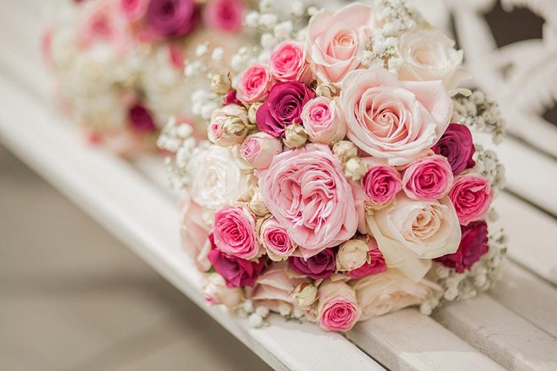 Đặt mua hoa cưới cầm tay ở iri.vn